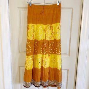 Dresses & Skirts - NWOT Bright Free-flowing Bohemian Skirt